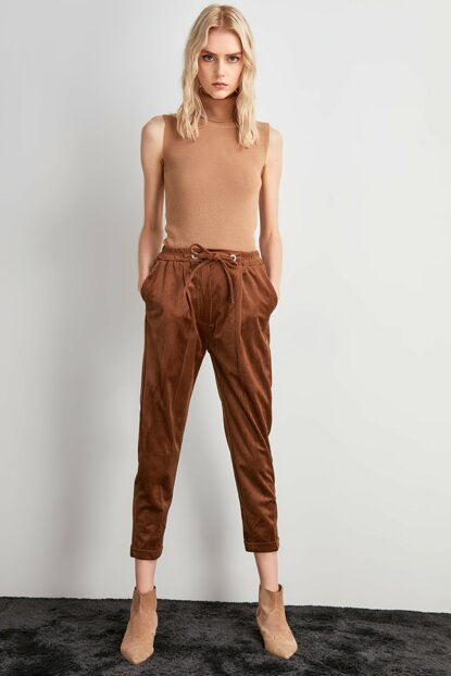 Brown Binding Detailed Trousers TWOAW20PL0449
