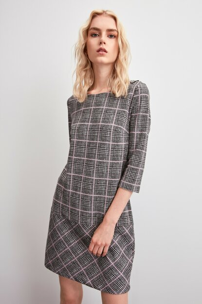Gray Plaid Patterned Knitted Dress TWOAW20EL2242