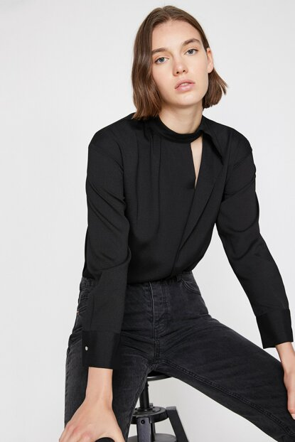 Women's Black Collar Detailed Blouse 0KAK68064PW