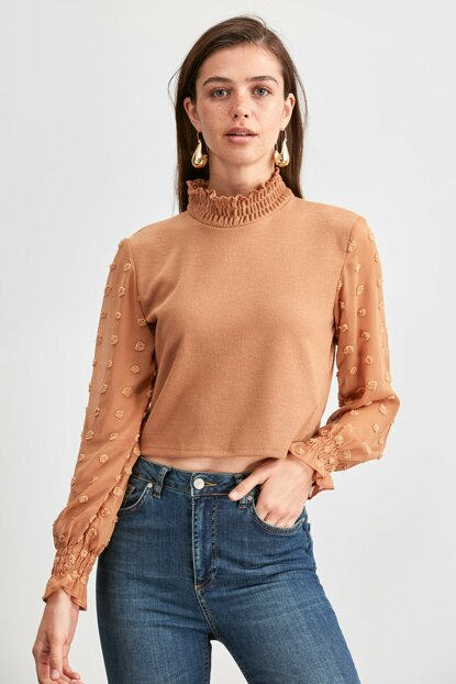 Camel Sleeves Knitted Blouse TWOAW20BZ1185
