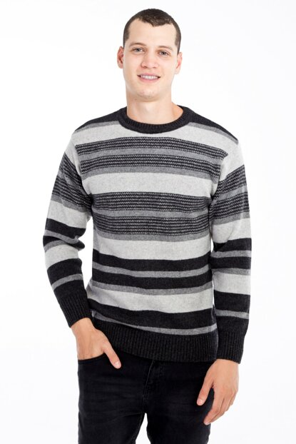 Crew Neck Pattern Sweater 79696