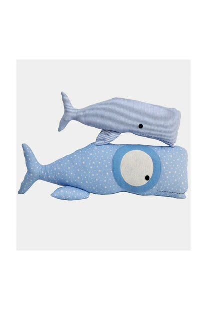 Whale Pillow bynihalce1522
