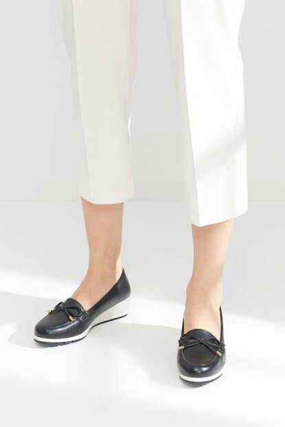 Black Women Loafer Shoes 01AYY116170A100