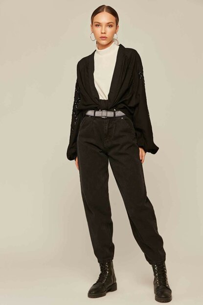 Women Black High Waist Pockets Mom Jeans Y19W125-5005