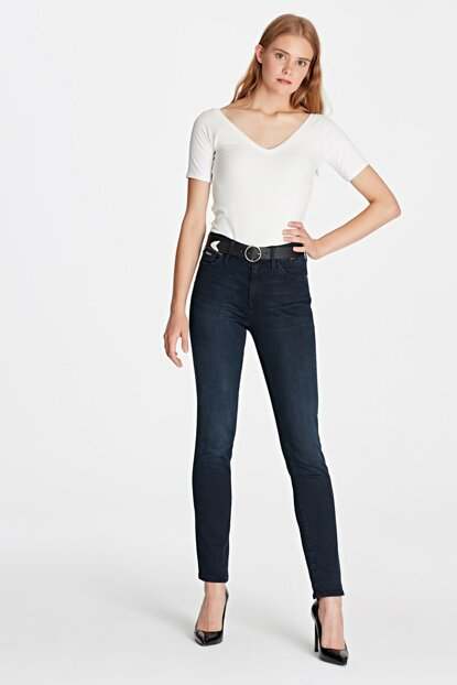Women's Sophie Golden Gold Slim Jean 1070426919