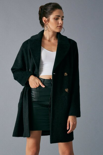 Women's Black Pocket Detailed Button Coat Black D89282-102