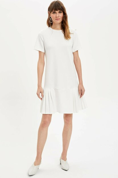 Women's White Pleated Relax Fit Dress L9828AZ.19AU.WT32