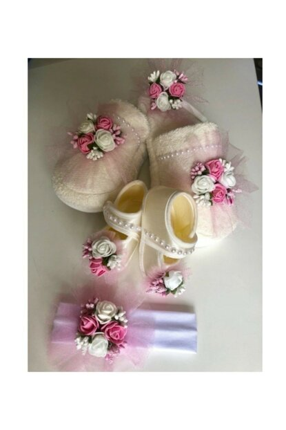Lohusa Crown Slipper Baby Booties And Tape Set PRA-733373-2064