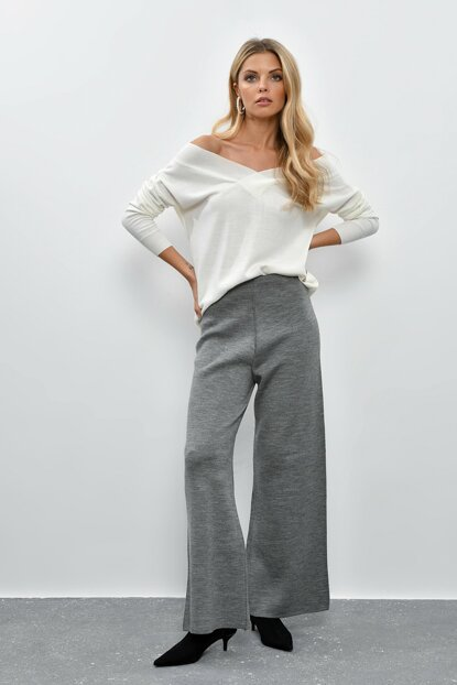 Women Anthracite Trousers YV09
