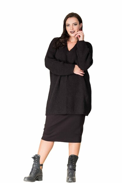 Women Black V Neck Sweater T13362