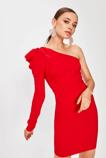 Red Shoulder Detailed Dress TPRAW20EL0873