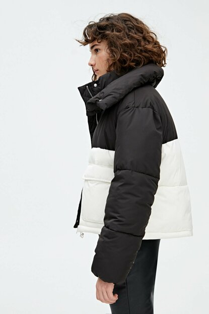 Women White / Black Double Color Inflatable Coat 09714367