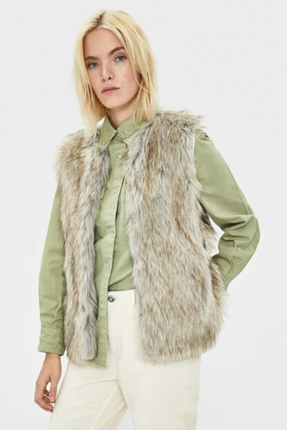 Women's Beige Faux Fur Vest 08393407