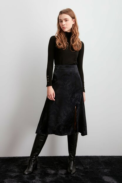 Navy Blue Jacquard Skirt TWOSS20ET0038