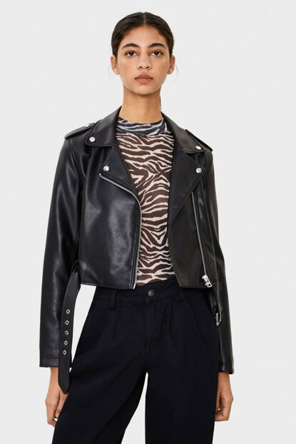 Women Black Faux Leather Crop Biker Jacket 01250109
