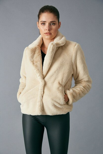 Women's Stone Plush Coat Stone D89281-131