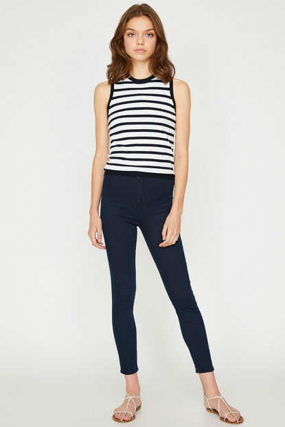 Women's Slim Fit Jean Cut 9KAL41000JD