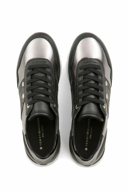 Essential Leather Sneaker FW0FW03688