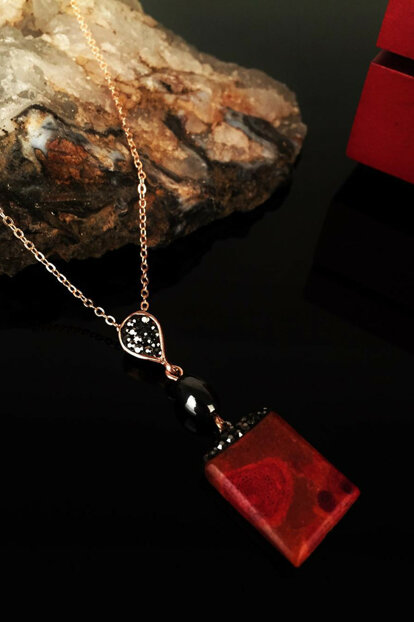 Women Natural Stone Coral Stone Rose Gold Plated Necklace Krb166